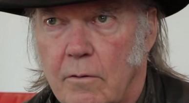 How Neil Young's Pono Music Raised Millions on Kickstarter